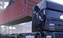 avtomobilnye-kontejnernye-perevozki.jpg.500x500_q85_crop
